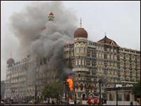 api-berkobar-di-hotel-taj-mahal-bbc-indonesia