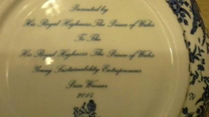 Penghargaan dari Pangeran Charles untuk Young Entrepreneurs Awards.