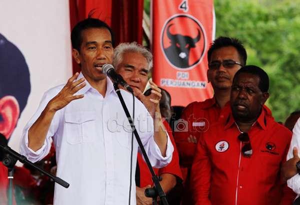 Jakarta - PDIP Pro Jokowi merespons isu santer Puan Maharani siap jadi cawapres Jokowi. Hasrat politik Puan memang mengagetkan lantaran perolehan suara PDIP tak tembus 25% dan tak mungkin mengusung capres-cawapres sendiri.