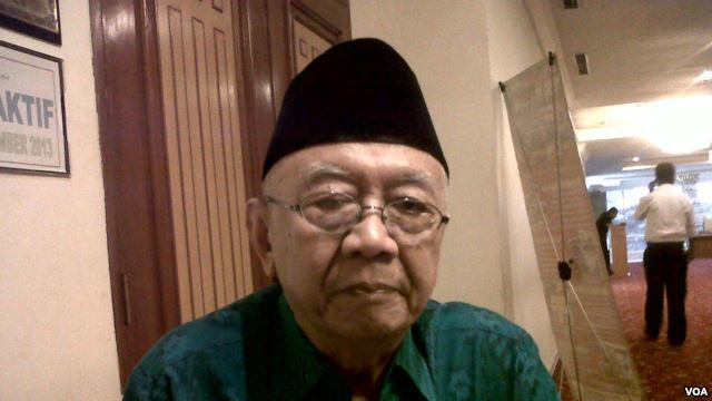 Ketua Komite Konvensi Rakyat, Salahuddin Wahid alias Gus Solah. Komite yang diketuainya ini mengumumkan 7 nama kandidat capres alternatif Pemilu 2014 (Foto: VOA/Andylala).