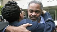 Ray Hinton mendekam 30 tahun di penjara menanti eksekusi hukuman mati sebelum dinyatakan terbukti tak bersalah