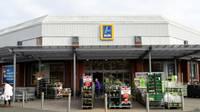 Jaringan supermarket Aldi mengatakan sosis babi halal adalah kesalahan pemasangan label